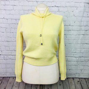 JOHNSTONS OF ELGIN: Scottish Cashmere Sweater